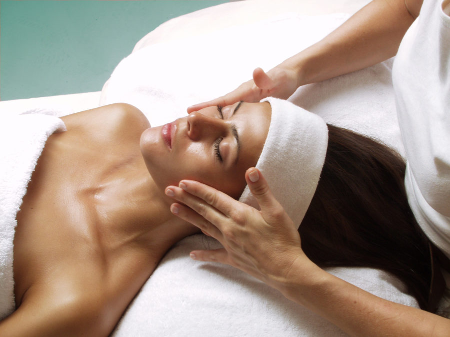 Facials Aren't Just for Feeling Good – Facials Are Good for You!
